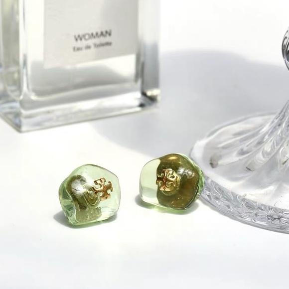 🌴🌴Tory Burch Ice Cube Stud Earrings Green